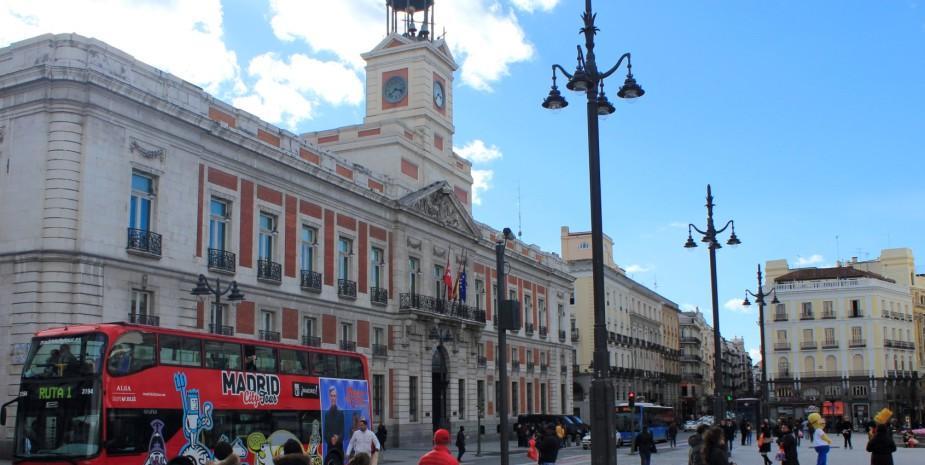 wifi gratis, aire acondicionado, calefacción, hostal limpio, centro de madrid